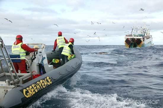 España se quiere sumar a los 62 Países en contra de la pesca de arrastre, para ello todos los sectores de la pesca recogen firmas en una plataforma de Internet con destino al Presidente del Gobierno Pedro Sanchez y la Unión Europea